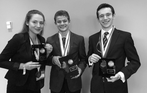 DECA takes top 3 places in accounting at state