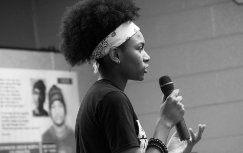Students commemorate black poetry