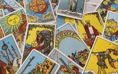 COMMUNICATING WITH THE DEAD: Psychic Laura Lynn uses tarot cards and clairvoyance to pass messages from those passed.