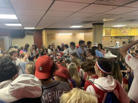 FIESTA TIME: Upperclassman crowd at Los Burritos Tapatitos after the teams victory against DGS.